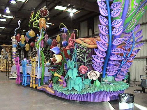 Alice in Wonderland Float. | Parade Floats | Projects