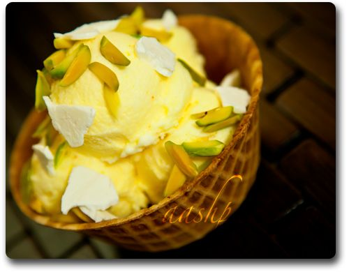 Saffron ice cream with frozen cream and pistachios, persian ice cream recipe