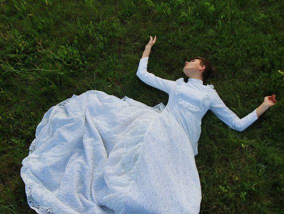 Encaje blanco con volantes vestido de novia estilo eduardiano manga larga XS