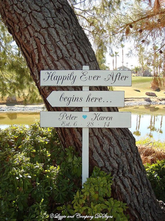 HaPPiLy EVeR AfTeR BeGiNS HeRe SiGn - EnCHanTinG Style - DiReCTioNaL WeDDiNg SiGnS - Tiffany Blue Heart - 4ft Stake - Distressed Ivory