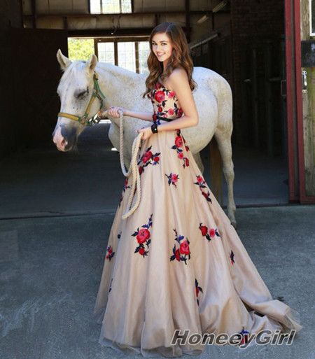 Pretty Embroidery princess love prom dresses,Flower Floral long evening dress