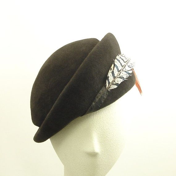 Beret Style Felt Hat for Women in Dark Brown with a Cool Feather