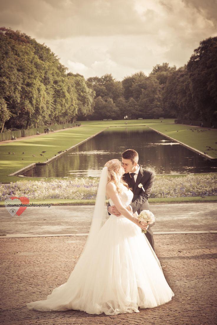 ❤️Angelika und Tomasz ❤️ Photo Preview! Herzlichen Glückwünsch an euch beides! #hochzeit #dasmechanischeauge #wedding #schloßbenrath #fotografie #italiansdoitbetter #fotograf #düsseldorf #benrath #echtliebe #brautpaar #romantic #elegance