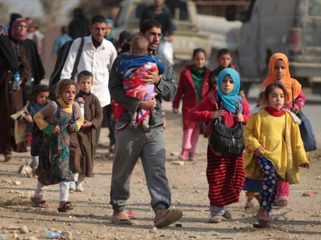 Los refugiados abandonan los campos de Mosul por el intenso calor