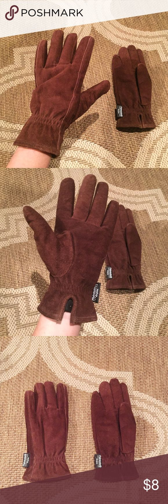 Faux suede thinsulate gloves Brown Thinsulate Insulation 40 gram gloves. Faux suede. Size M. Very warm. Gently worn. Thinsulate Accessories Gloves & Mittens