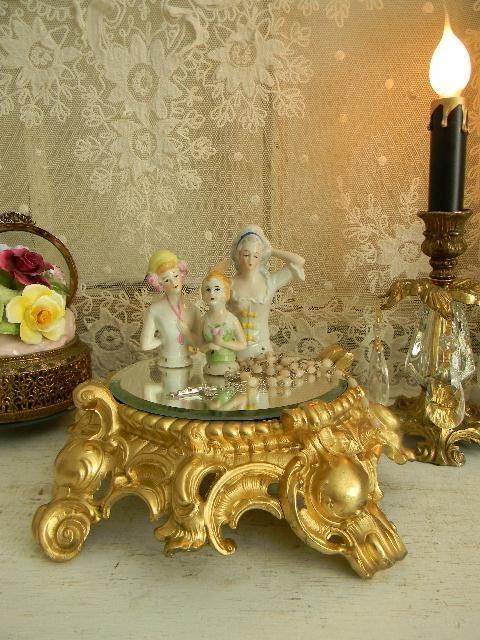 Exquisite LG Vintage Plateau Mirror <> (vanity, dressing table, boudoir, accessories)