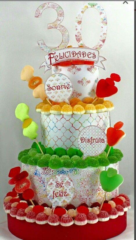 Tarta de #chuches colorida y divertida. #cumpleaños #TartadeChuches #cumpleaños #partycake #ideasparty #ideassweetcake #tartachuchescolorida