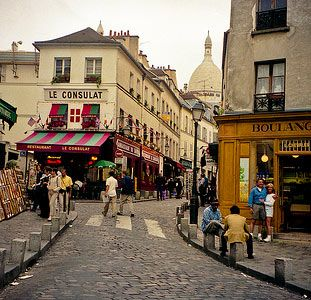 montmartre, paris. Fav place to eat breakfast and find incredible pieces of art being made on the spot!