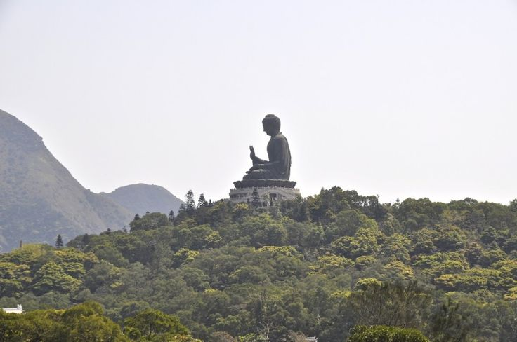 Incredible Lantau Island Offers Many Tourist Attractions : Big Budha Statue At Lantau Island Best View