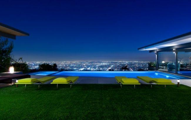 Maison sur les collines de Hollywood en Californie - Visit the website to see all pictures http://www.amenagementdesign.com/architecture/maison-sur-les-collines-de-hollywood-en-californie
