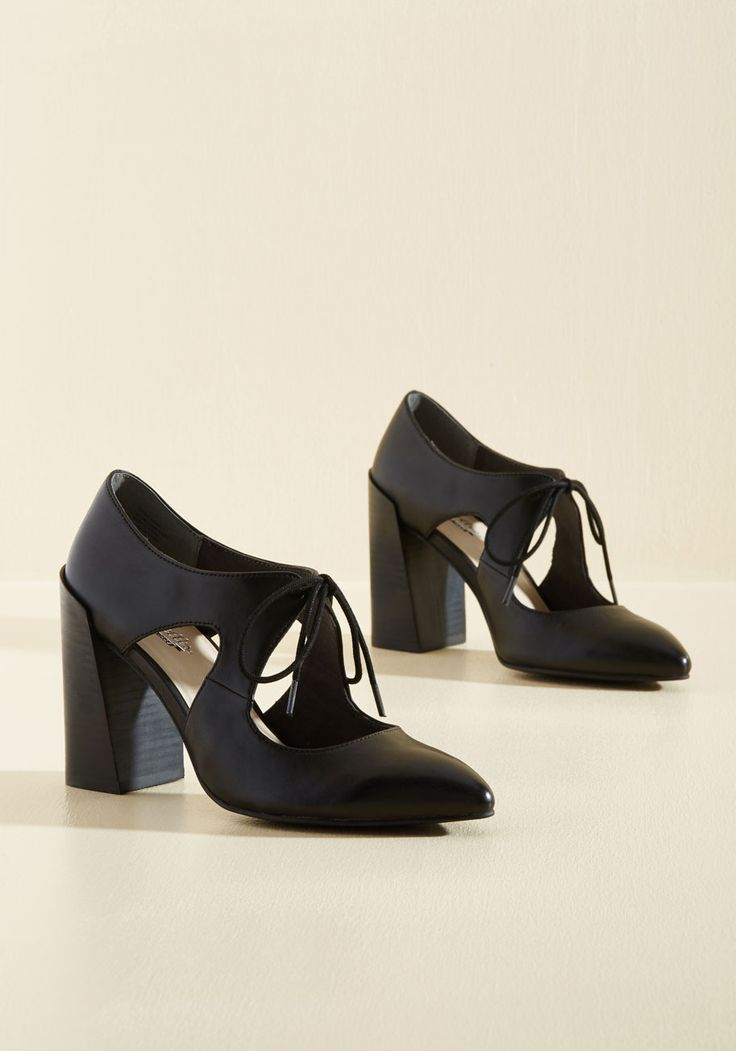 Dole Leather Heel. You love giving out style advice, but while wearing these black heels, you dont even need to say a word! #black #modcloth