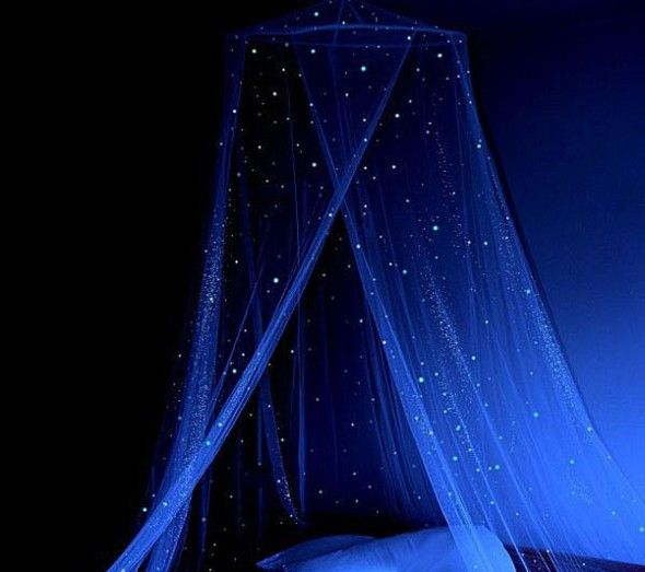 Stella Murals Glow in the Dark Star Canopy – Sleep among the stars