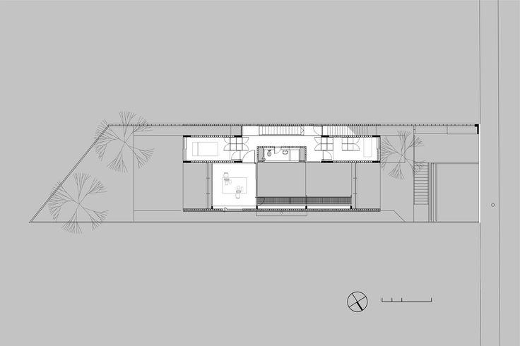 CASA NO MORRO DO QUEROSENE+Sao Paulo+Brasil+GrupoSP / Architects: GrupoSP: Alvaro Puntoni, João Sodré, Jonathan Davies / http://www.gruposp.arq.br/?p=92