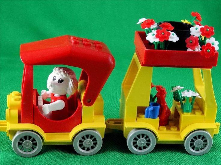 Vintage 1985 Lego Fabuland set 3641 - CAR & CAMPER with Paulette Poodle + Extras