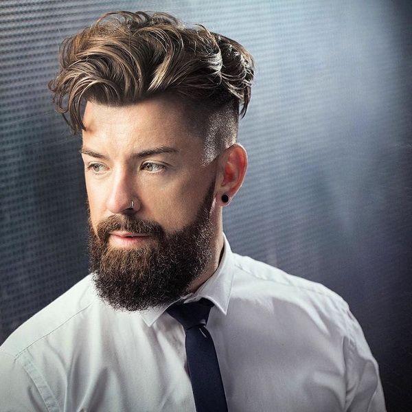 hohe Fade + lange gewellte Frisur für Männer