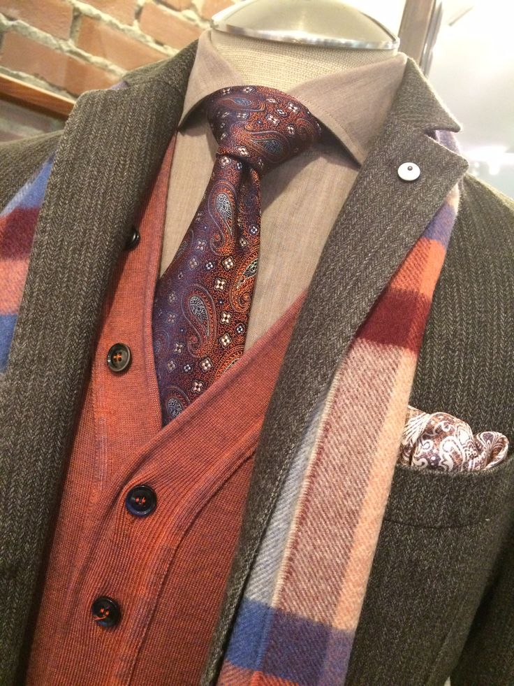Our favourite fall colours. #theodre1922 #menswear #ootd