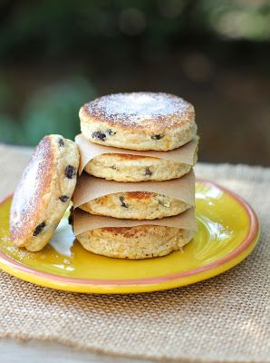 Old-fashioned Welsh cakes are fun and easy to make.  Great for breakfast or snacks.  #welshcakes #pastry #currants