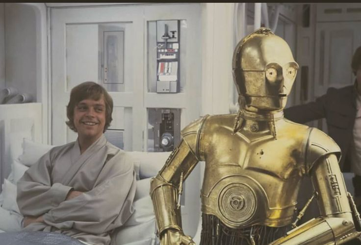 Mark Hamill and Anthony Daniels on the set of Empire Strikes Back @retrostarwarsstrikesback