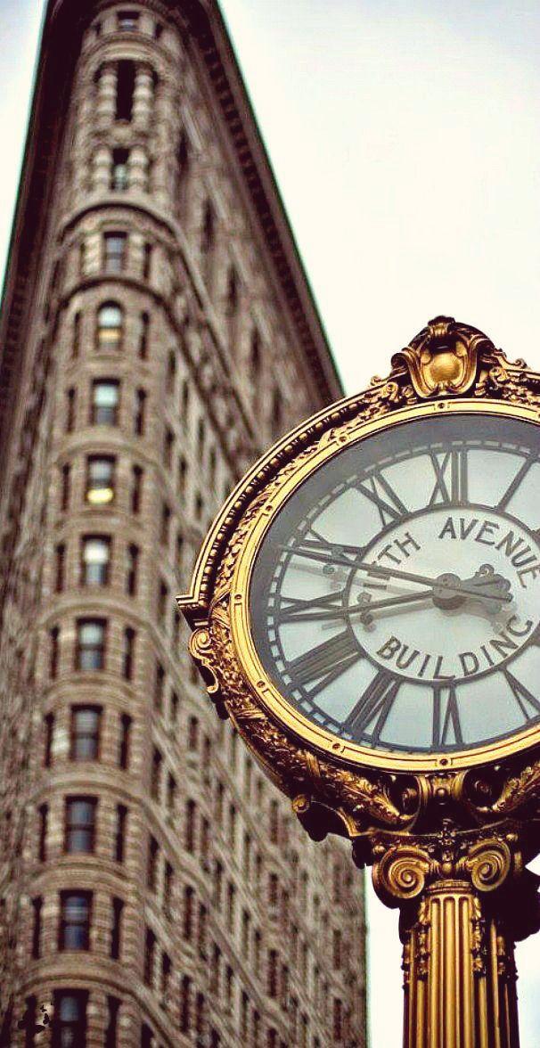 Flatiron Building, New York,USA. «Флэтайрон-билдинг» — небоскрёб на Манхэттене, в Нью-Йорке, США.