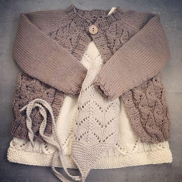 Min første Faunajakke, strikket i Lerke✔️ Bare må ha en til! Noen som har strikke...