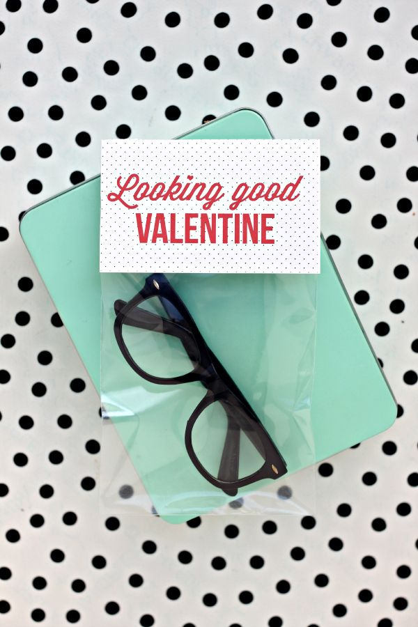 looking good valentines! candy-less valentine idea for kids to take to school.