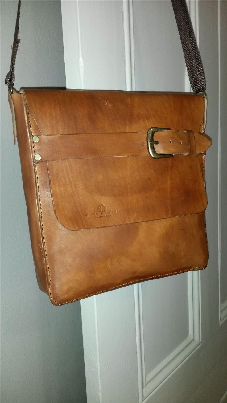 Veg tan leather shoulder bag