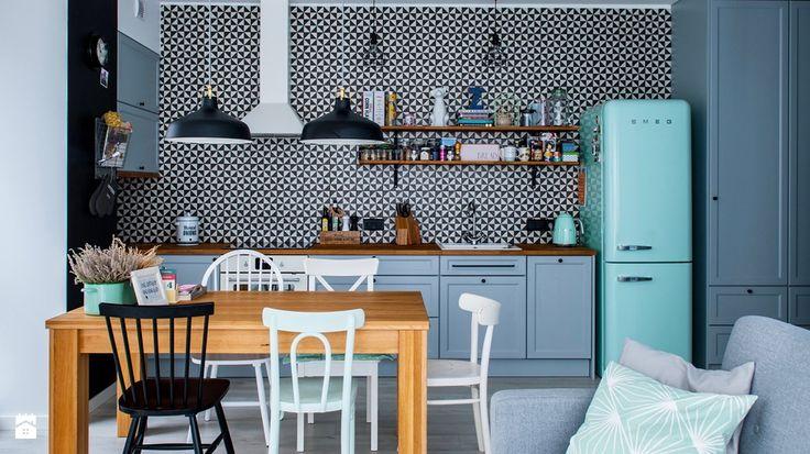 Kolorowe meble kuchenne - przegląd inspirujących rozwiązań - homebook