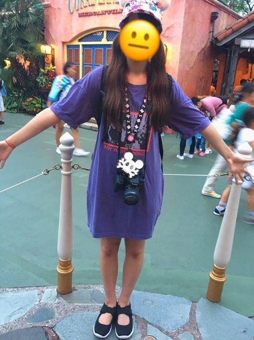こんにちは、はらです 昨日ディズニーランドに行ってたのでその時の服です 紫が好きでよく紫色のものを買