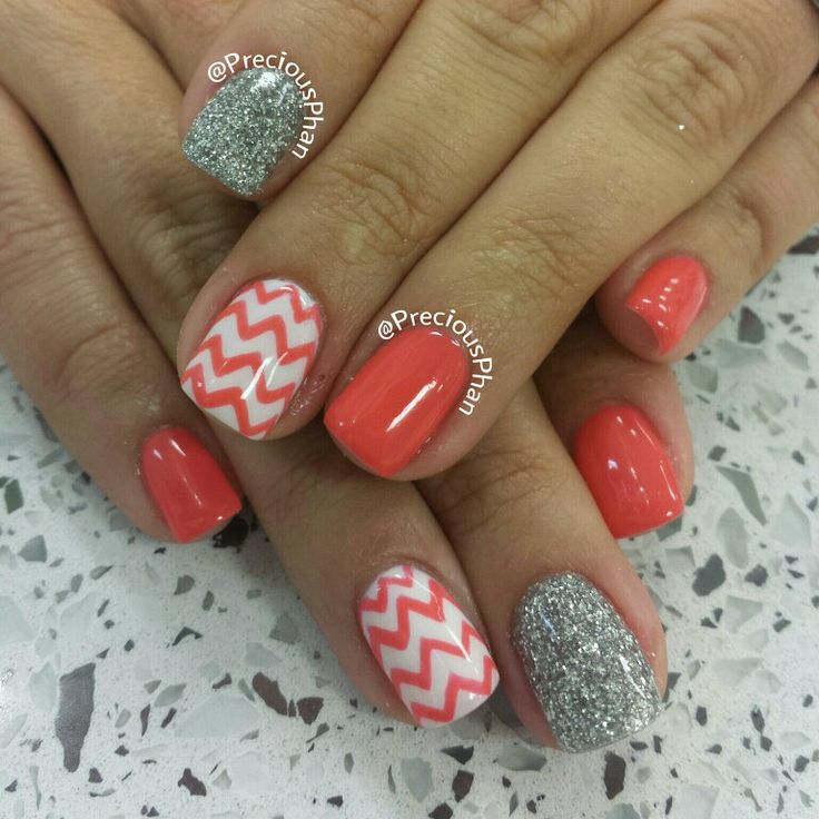 Chevron glitter spring nails