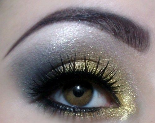 So gorgeous!: Make Up, Nails Makeup Hair, Style, Hair Makeup Nails, Makeup Ideas Eyes, Silver, Makeup Hair Nails Beauty, Beauty Nails, Gold Eyes