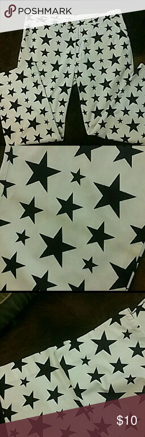 Loudmouth Golf pants Men's 42x32 Loudmouth Golf pants in Star pattern. In perfect condition aside from one flaw-a dingy line across one leg. Shown in second picture. Price reflects flaw. Loudmouth Pants