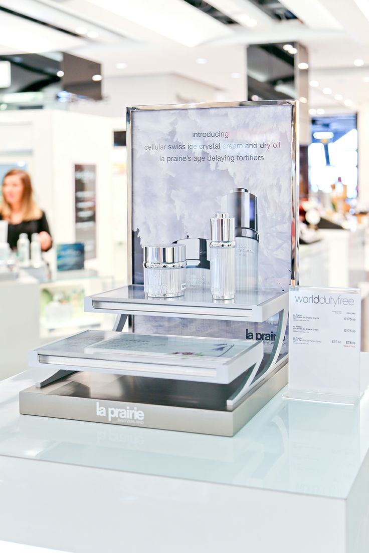 La Prairie Pop-up | Ice Crystal Collection, Heathrow by Millington Associates | #productlaunch #vm #visualmerchandising #dutyfree