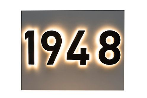 Taymor Backlit Led 6 Inch Black Metal House Number With Floating Effect The Home Depot Canada Led House Numbers Led House House Numbers