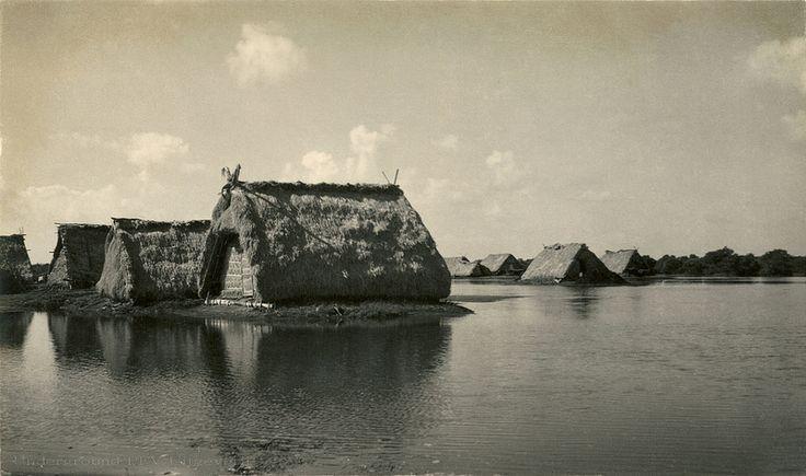 Fishermen's cottages near Denpasar ca 1939. Flickr - Photo Sharing!