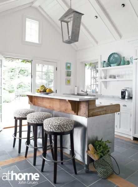 charming rustic cottage kitchen