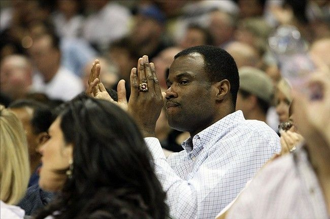 David Robinson thinks Spurs should have won the Finals