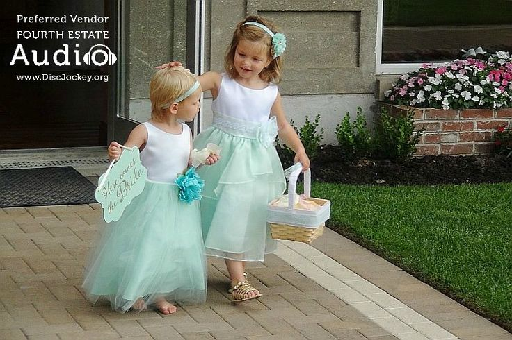 Aren't the flower girls simply precious? http://www.discjockey.org/real-chicago-wedding-august-20-2016/