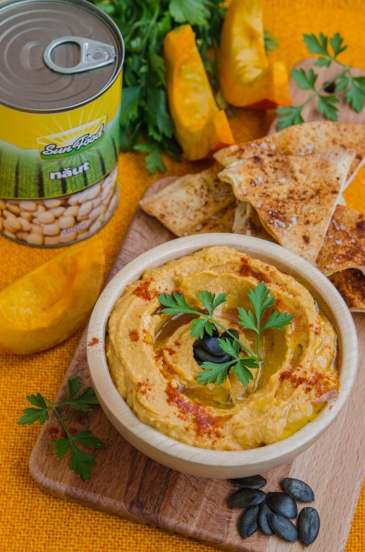 Andreea's Chinesefood blog: Hummus cu dovleac copt