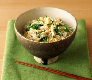 焼き油揚げと水菜の混ぜご飯