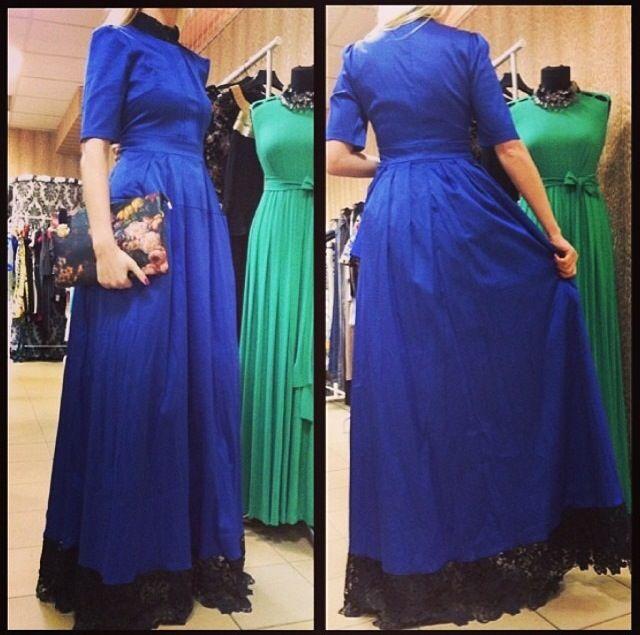 Шикарные платья Ulyana Sergeenko! Насыщенный синий! Плотная ткань, основной хлопок. Внутри подъемники для создания эффекта пышной юбки!