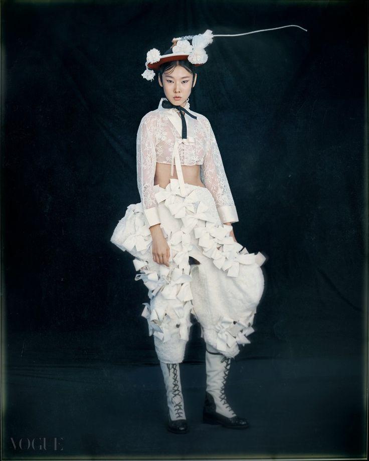 한복 Hanbok : Korean traditional clothes[dress] | #ModernHanbok | NEW KOREAN FACES | Vogue.com