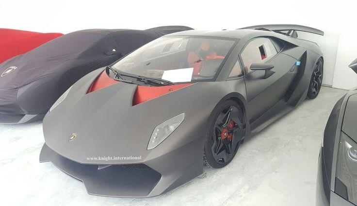A subasta uno de los 20 Lamborghini Sesto Elemento - Car and Driver