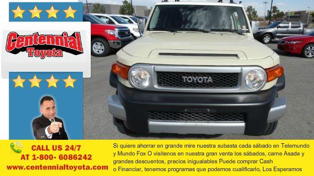 Mas de los carros nuevos y usados en Las Vegas Nevada 2008 Toyota FJ Cruiser Sport Utility 2D