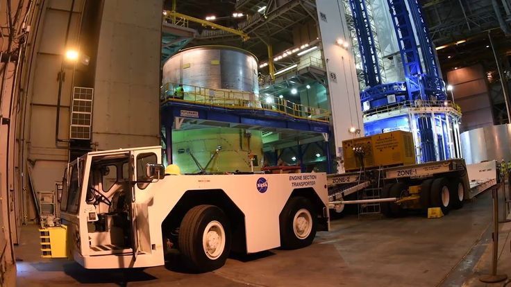 Space Launch System: building the core stage at NASA's rocket factory
