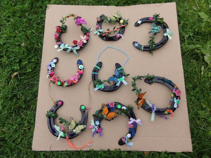 Hoefijzer versieren...super leuk idee voor een kinderfeestje!