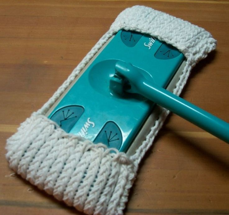 #Round #Loom #Knitting: A Re-usable Swiffer Cover, courtesy of The Canadian Crafter.
