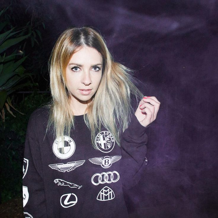 Alison Wonderland. AWESOME, AWESOME, AWESOME party DJ!