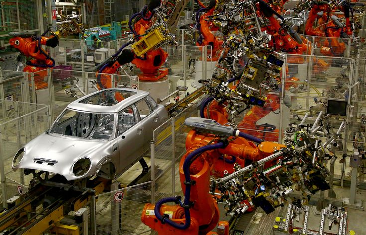 Over 670000 US jobs were lost from 1990 to 2007 due to industrial robots.