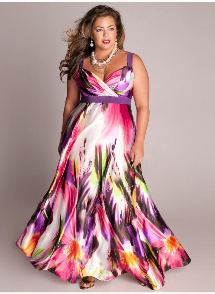 """Perfecto para una boda o cualquier fiesta. Vestido estampado para moda con curvas. --- """"Tropical Beauty Maxi Dress. IGIGI by Yuliya Raquel. www.igigi.com From the Spring Into Style Board"""""""