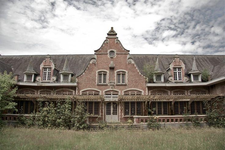 Neglected buildings Belgium   Abandoned Places Belgium - St. Kamillus